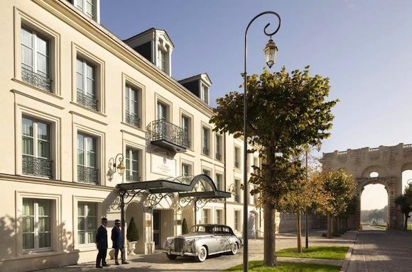 Auberge du Jeu de Paume (92 chambres & suites), une adresse au luxe parfait.