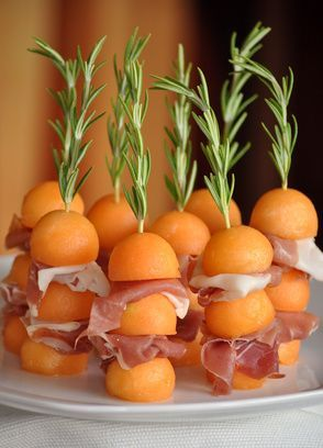 Brochette de melon et jambon