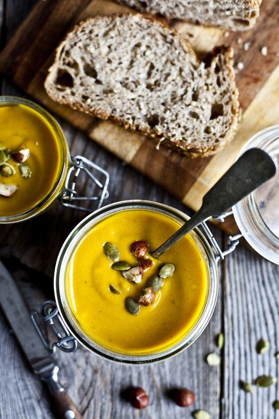 soupe-carotte-courge-et-curcuma