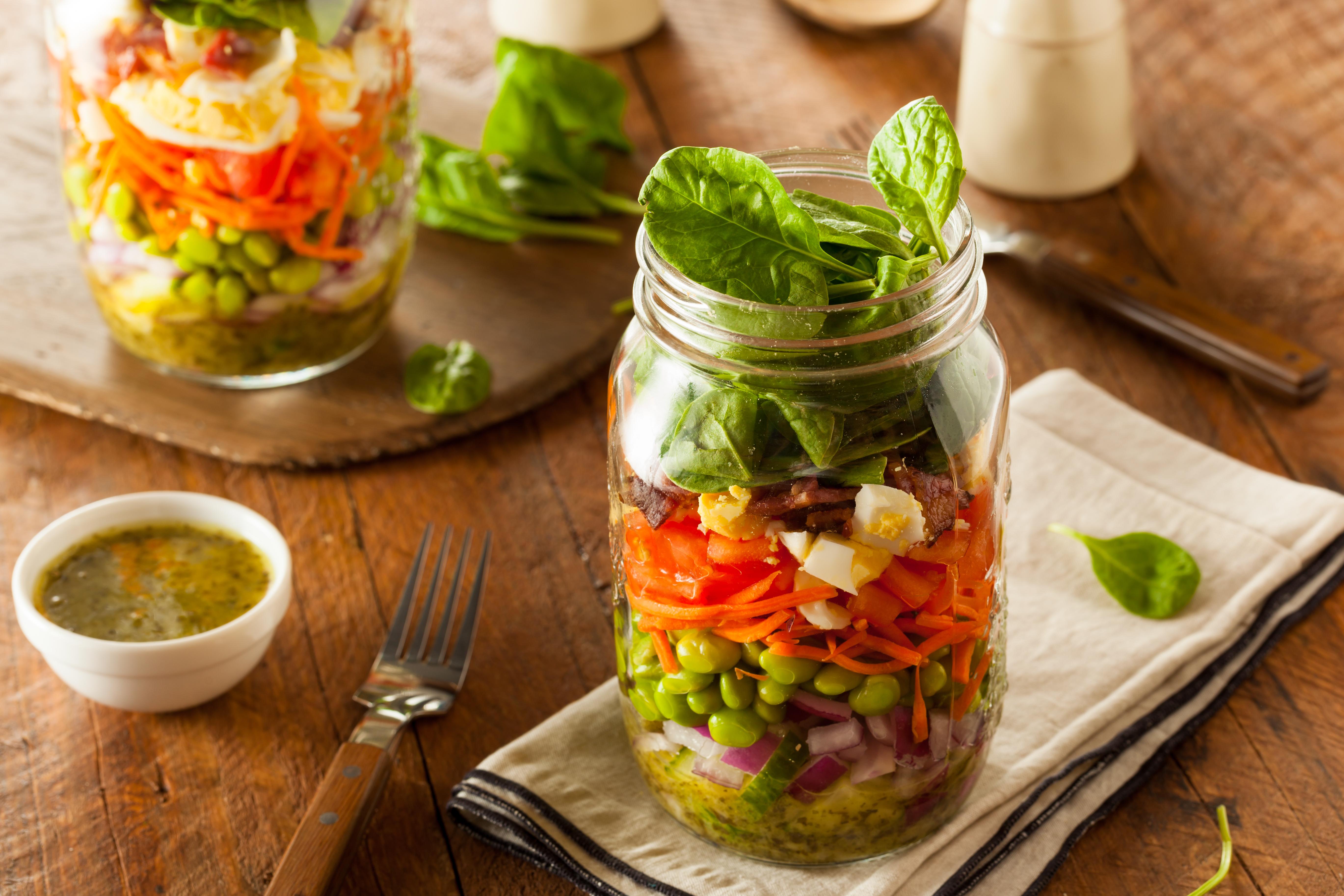 4 recettes de salades en bocaux la bulle. Black Bedroom Furniture Sets. Home Design Ideas