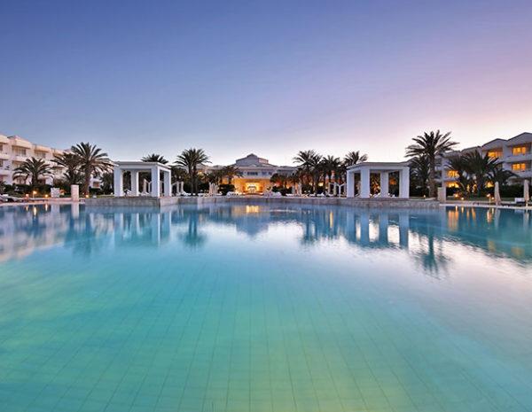 Thalasso en Tunisie - Radisson Blu Palace - Hôtel et Piscine